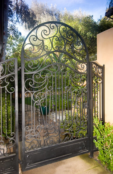 Roberts Iron Works - Hand Forged Iron Doors D6