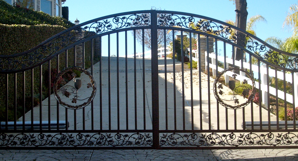 Roberts Iron Works - Hand Forged Iron Gate D7