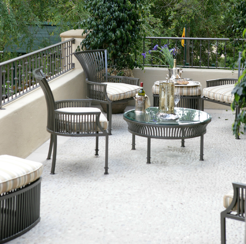 Roberts Iron Works - Outdoor Patio Furniture